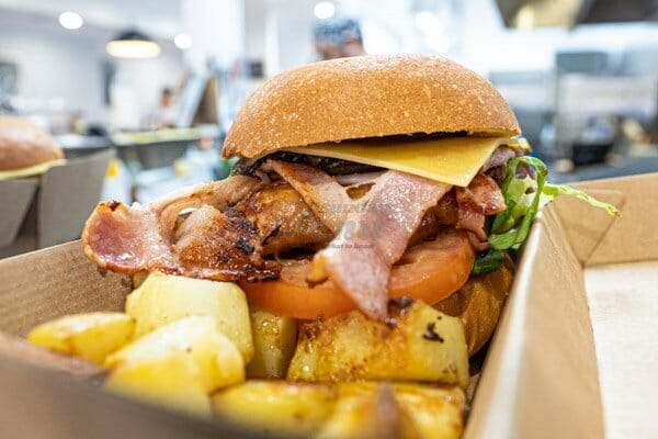 takeaway options available from 22 buttercup lane in Proserpine, Queensland, Whitsundays