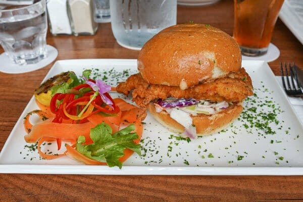 Southern Fried Chicken Burger, Jubilee Tavern, Jubilee Pocket, Whitsundays