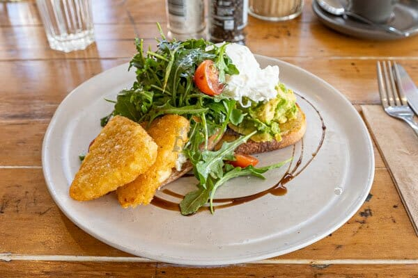 Smashed Avo w' Eggs & Hashbrowns at Fat Frog Beach Cafe, Cannonvale, Whitsundays