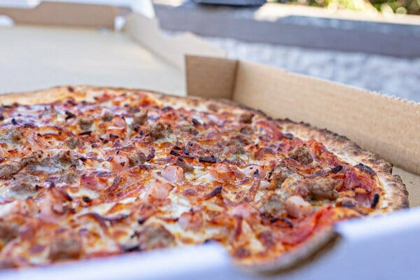 meat lovers pizza, beagles airlie beach, whitsundays